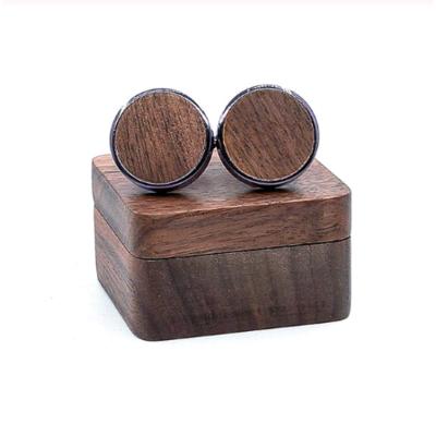 Manžetové knoflíčky dřevěný kruh