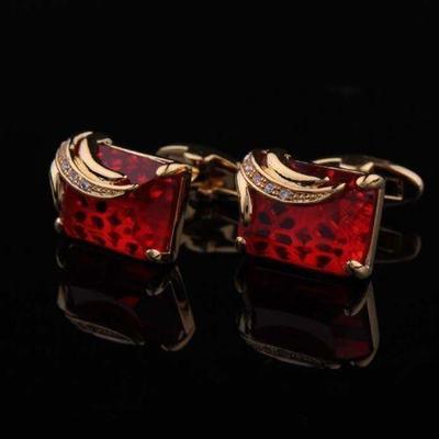 Manžetové knoflíčky rubínové barvy gold
