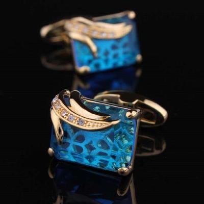 Manžetové knoflíčky světle modrý krystal